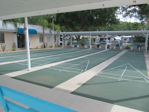 recreational shuffleboard in Florida mobile home community