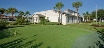 Putting Green at Brentwood Estates mobile home park in Hudson Florida