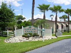 Entry Sign at Silver Oaks mobile home community in Sebring Florida