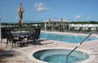 hot tub and pool at 55+ mobile home community in Florida